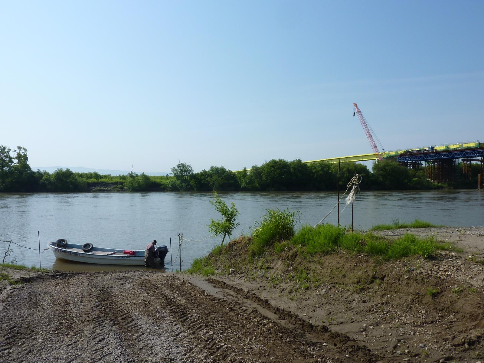 石狩川の美浦渡船(北海道浦臼町): A氏の旅行生活